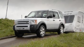 Practical Caravan reviews the Land Rover Discovery TDV6 HSE