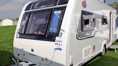 The 2015 Compass Rallye 530 is a good looking caravan for couples