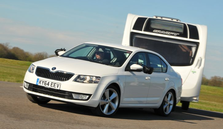 In the Up to 1400kg category, the Škoda Octavia scooped the top prize
