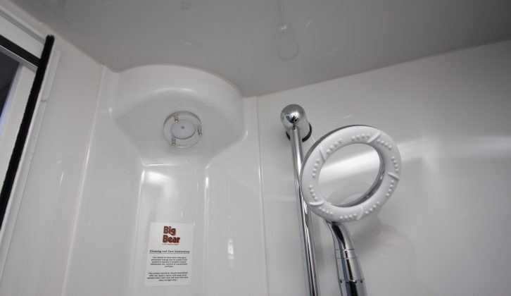 The 565's fully-lined shower has an EcoCamel Orbital showerhead