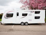 The Elddis Avanté 866 is new for 2017, has fixed bunk beds and sits at the top of the range