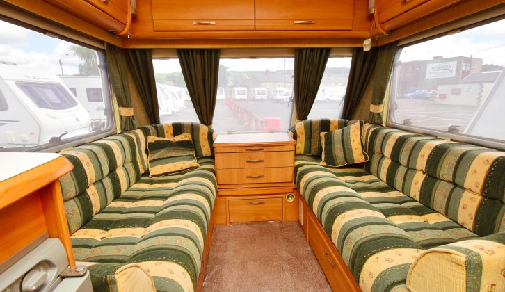The Archway's spacious parallel front lounge can be made into a large double or twin single beds