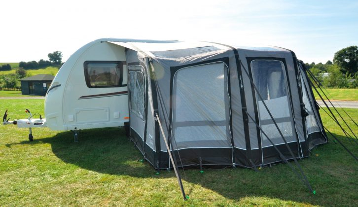 Shopping for caravan awnings? Read our review of this Vango Kalari 420 which weighs 35kg