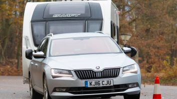 If you're wondering what tow car to buy, our Motty says the Škoda Superb should be on your shortlist – find out why!